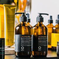 Mannen kapper biologisch haar producten Alkmaar